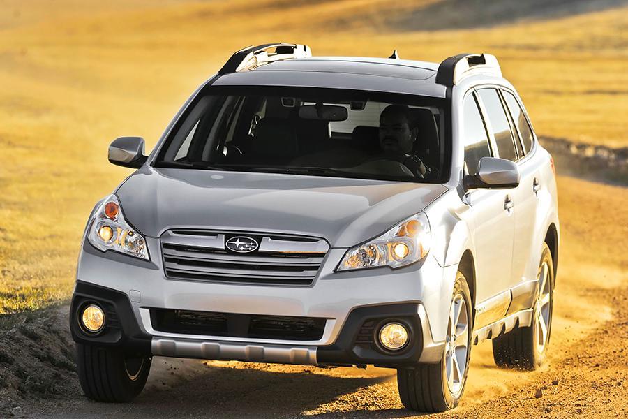 2014 Subaru Outback Photo 6 of 27
