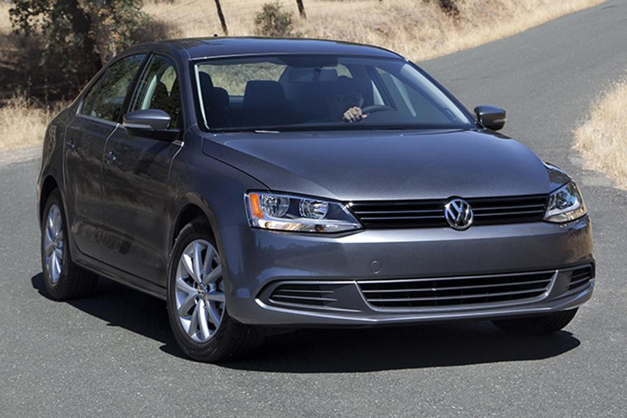 2014 volkswagen jetta overview. Black Bedroom Furniture Sets. Home Design Ideas