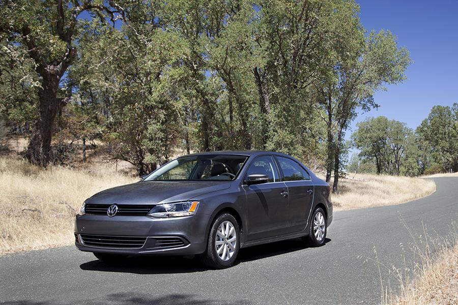 2014 Volkswagen Jetta Photo 6 of 14