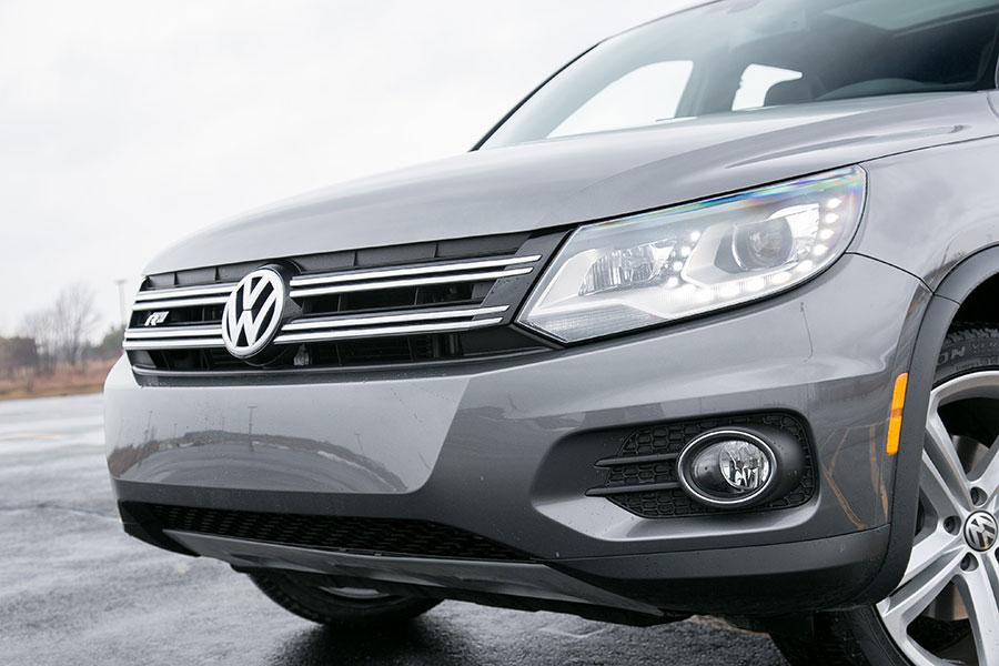 2014 Volkswagen Tiguan Photo 3 of 44