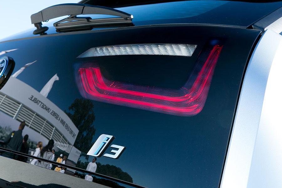 2014 BMW i3 Photo 2 of 22