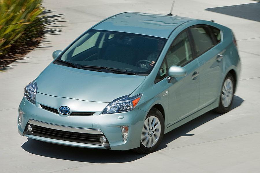 2014 Toyota Prius Plug In Specs Pictures Trims Colors