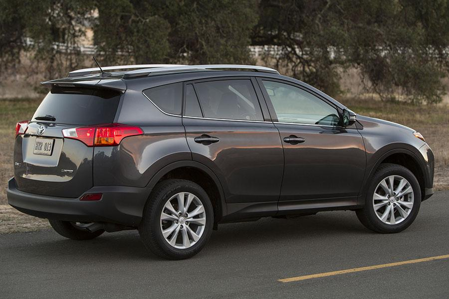 2014 Toyota RAV4 Reviews, Specs and Prices | Cars.com