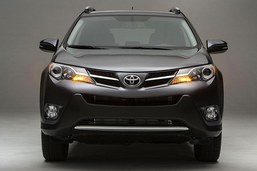 2013 Ford Escape For Sale >> 2014 Toyota RAV4 Reviews, Specs and Prices | Cars.com