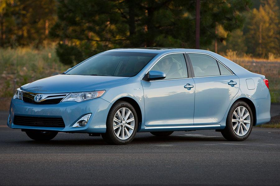 2014 toyota camry hybrid reviews specs and prices. Black Bedroom Furniture Sets. Home Design Ideas