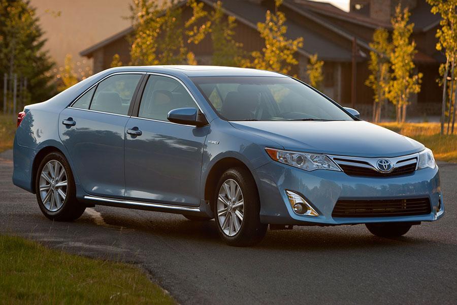 2014 Toyota Camry Hybrid Photo 4 of 9