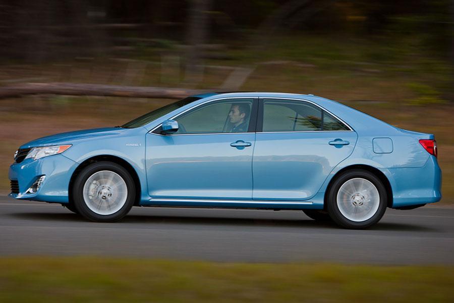 2014 Toyota Camry Hybrid Photo 5 of 9