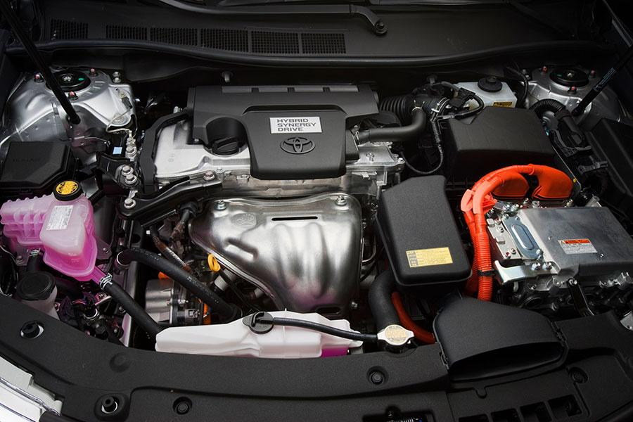 2014 Toyota Camry Hybrid Photo 6 of 9