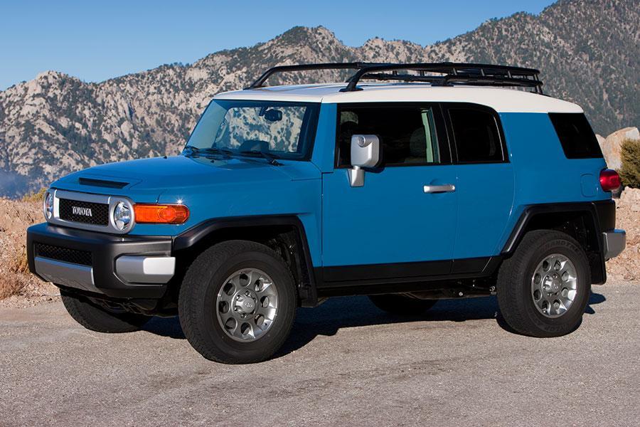 Toyota Fj Cruiser Sport Utility Models Price Specs