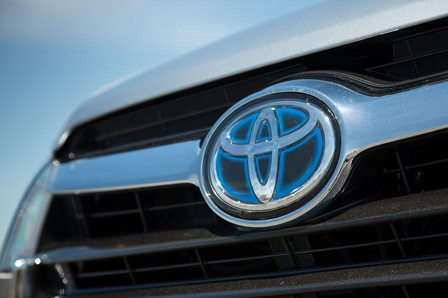 2014 Toyota Highlander Hybrid Photo 4 of 33