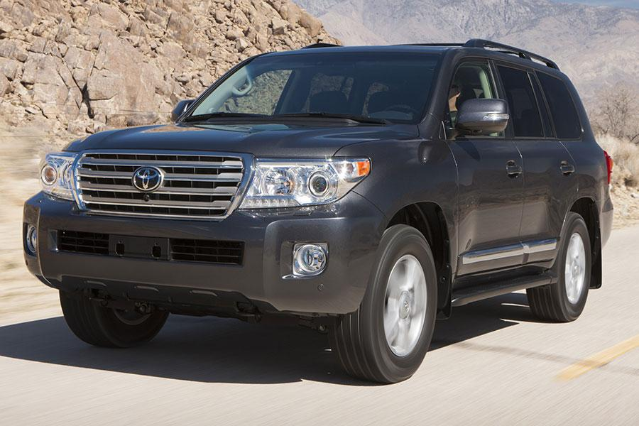 2014 Toyota Land Cruiser Photo 1 of 16