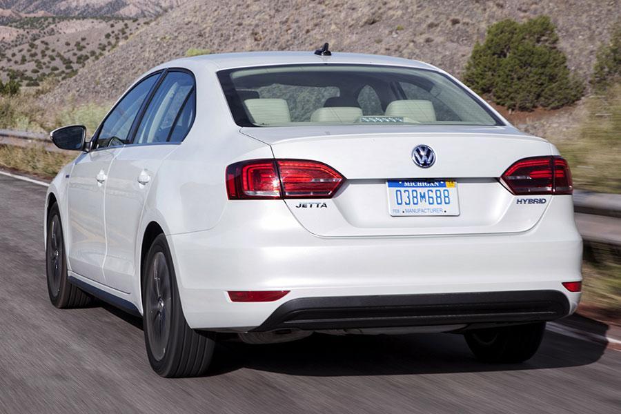 2014 Volkswagen Jetta Hybrid Photo 2 of 16