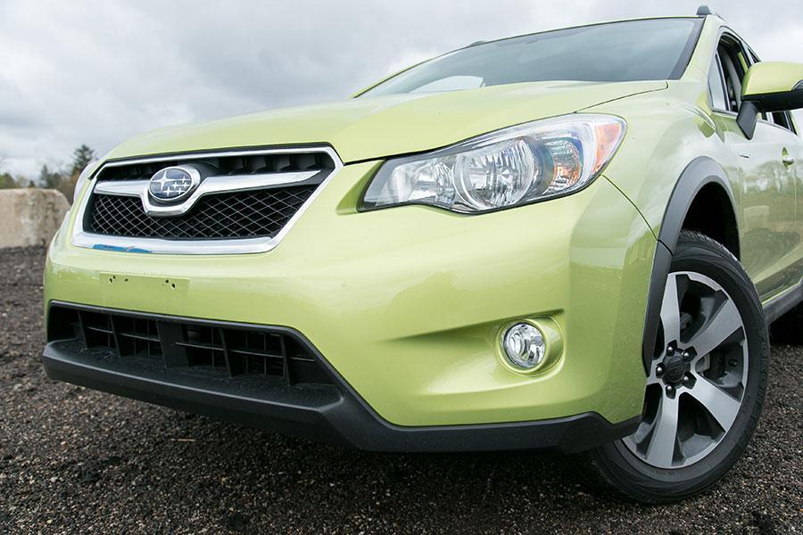 2014 Subaru XV Crosstrek Hybrid Photo 3 of 30
