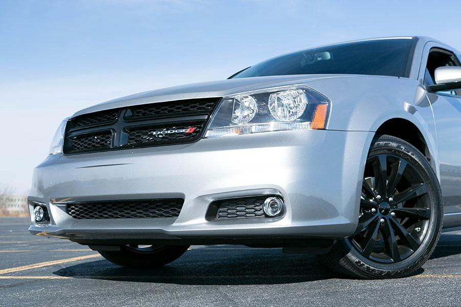 2014 Dodge Avenger Photo 5 of 28