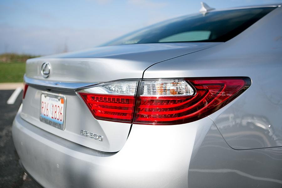 2014 Lexus ES 350 Photo 5 of 19