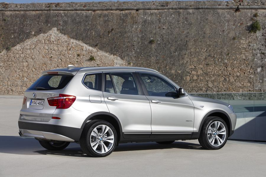 2014 bmw x3 overview. Black Bedroom Furniture Sets. Home Design Ideas