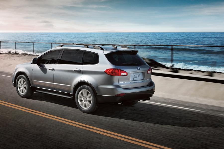2014 Subaru Tribeca Photo 4 of 16
