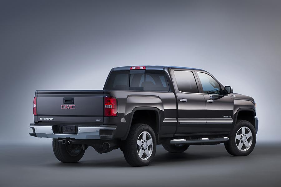 2015 GMC Sierra 2500 Photo 4 of 14