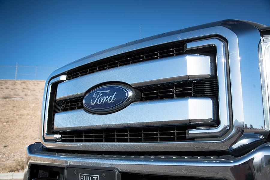 2015 Ford F-250 Photo 4 of 23
