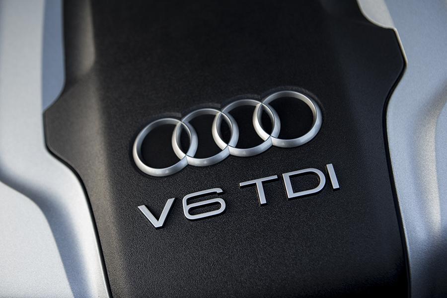 2014 Audi A8 Photo 5 of 8