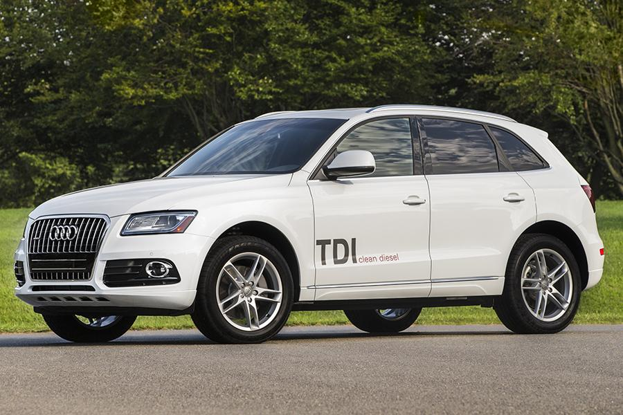 2014 audi q5 overview. Black Bedroom Furniture Sets. Home Design Ideas