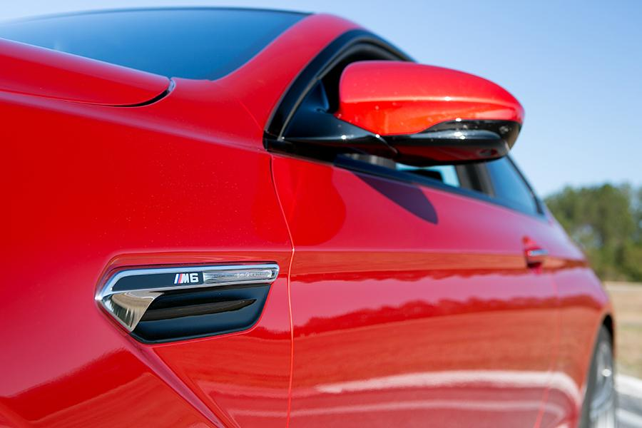 2015 BMW M6 Photo 2 of 19
