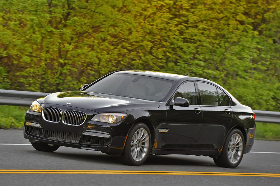 2015 BMW 740 Photo 2 Of 23