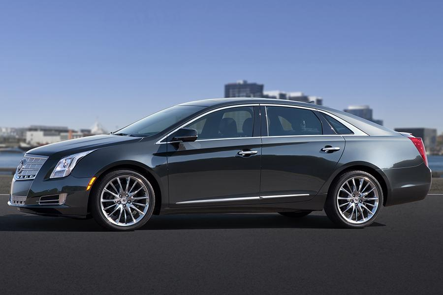 2015 Cadillac XTS Photo 2 of 23