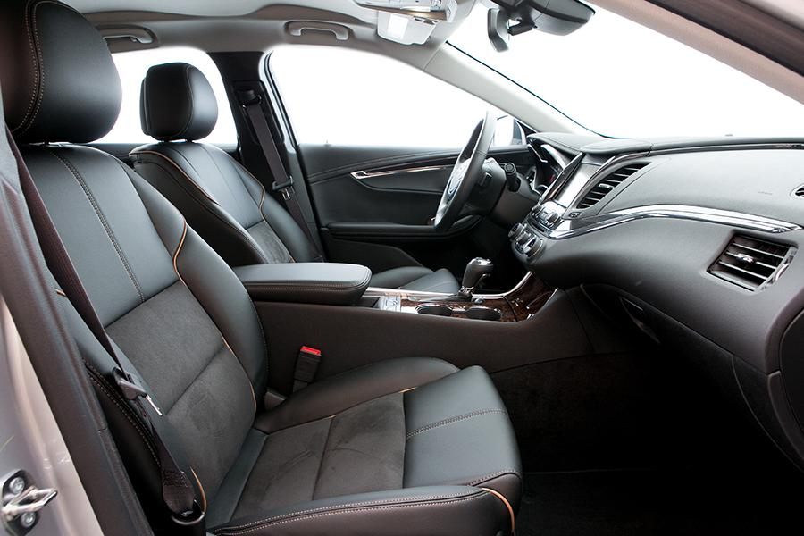 2015 Chevrolet Impala Photo 5 of 28