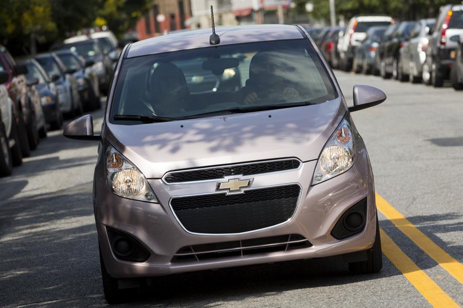 2015 Chevrolet Spark Photo 3 of 6