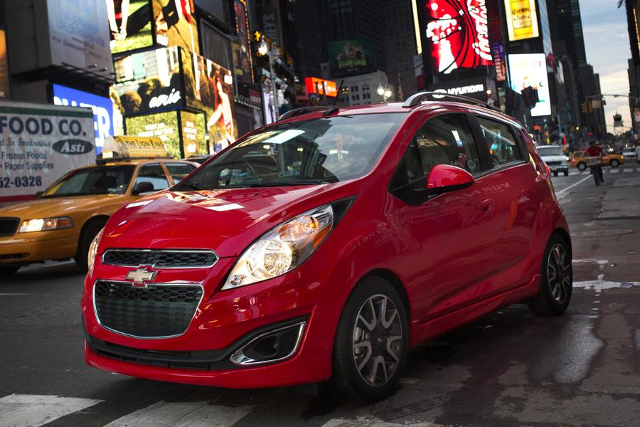 2015 chevy spark red. 2015 chevrolet spark media gallery chevy red c