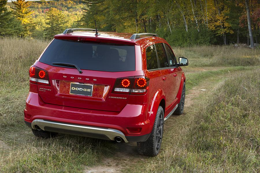 2015 Dodge Journey Reviews Specs And Prices Cars Com