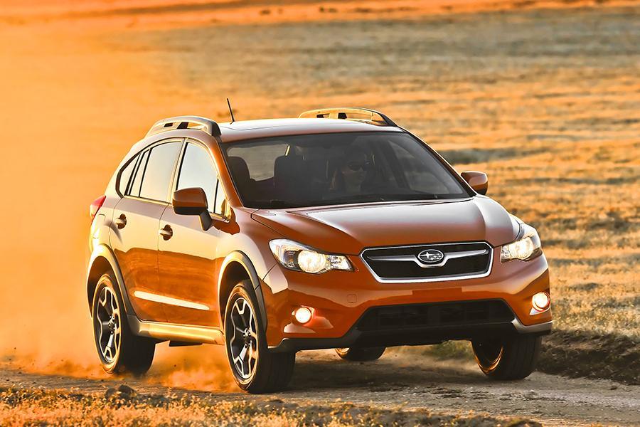 2014 Subaru XV Crosstrek Photo 2 of 25