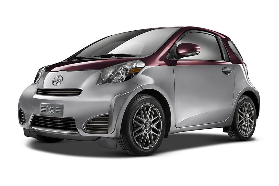 2014 Scion iQ Photo 2 of 24