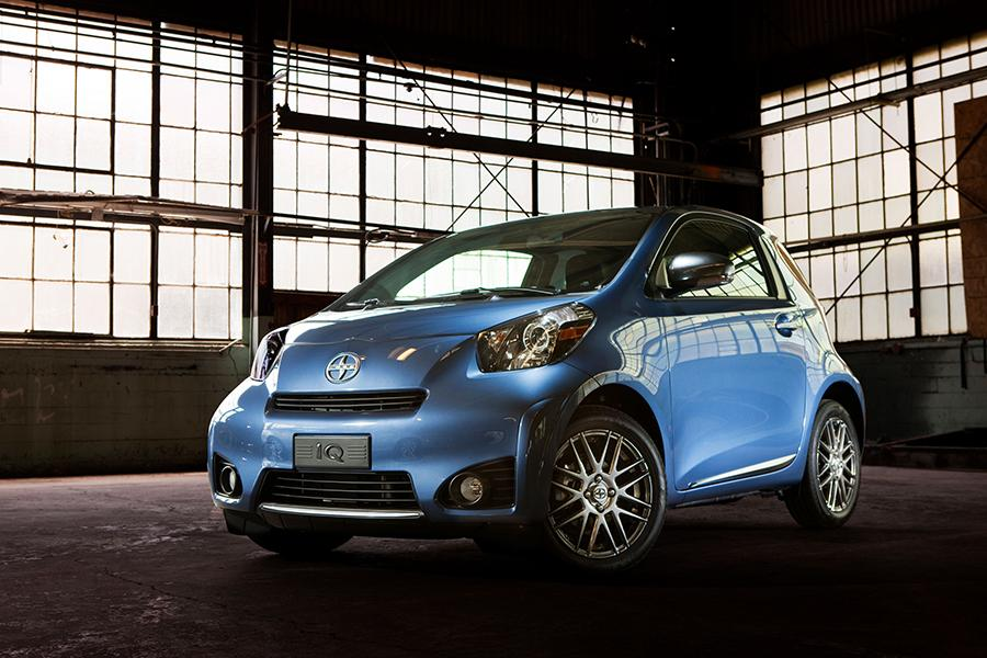 2014 Scion iQ Photo 1 of 24