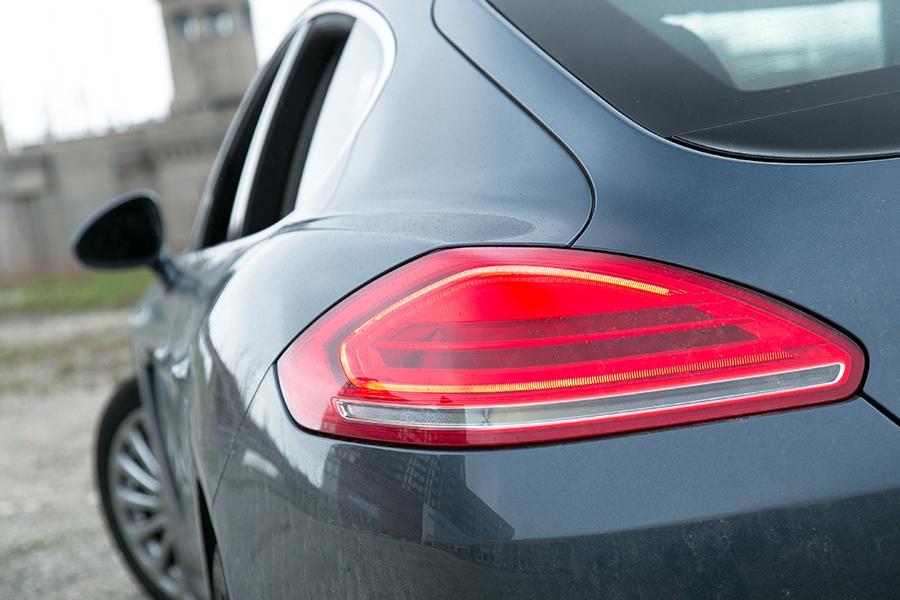 2014 Porsche Panamera e-Hybrid Photo 5 of 20