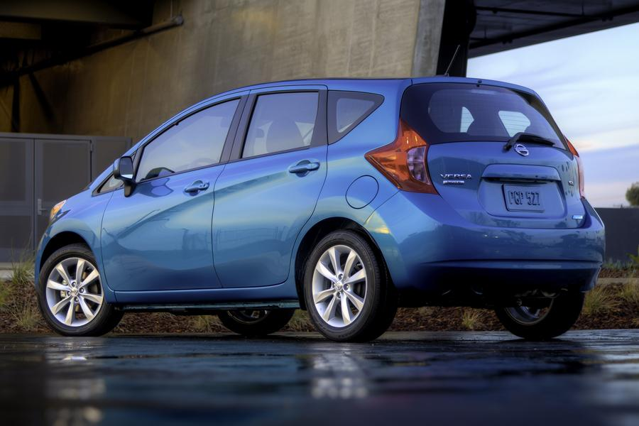 2014 nissan versa note specs pictures trims colors. Black Bedroom Furniture Sets. Home Design Ideas