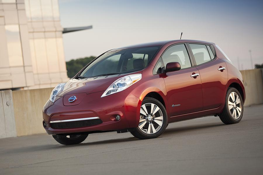 2014 Nissan Leaf Photo 5 of 17