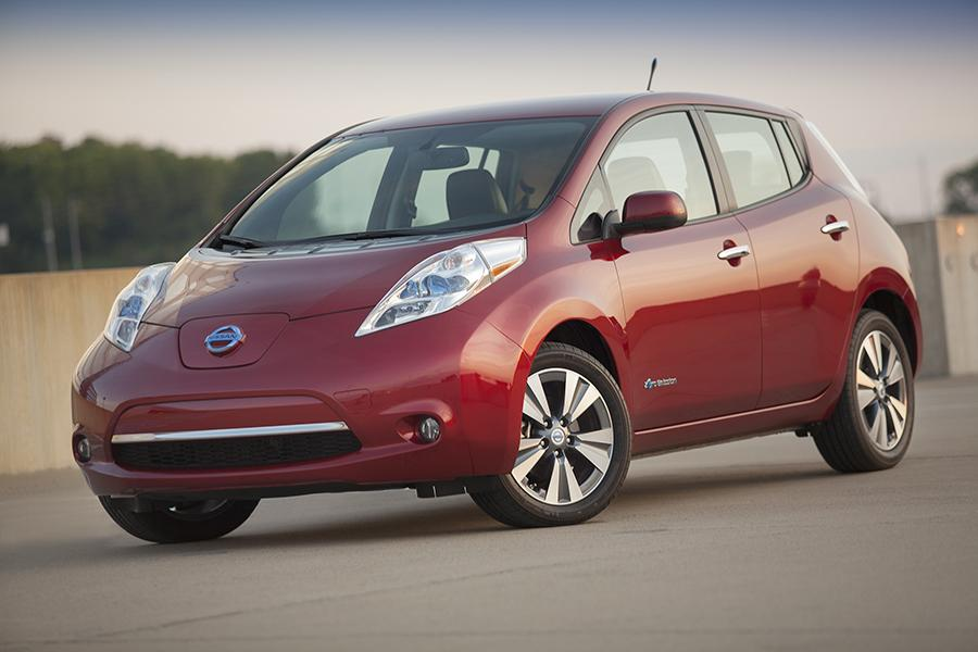 2014 Nissan Leaf Photo 1 of 17
