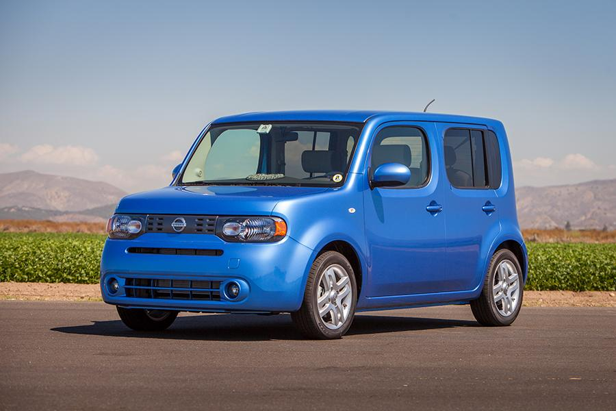 Nissan Cube Hatchback - Cars.com Overview | Cars.com