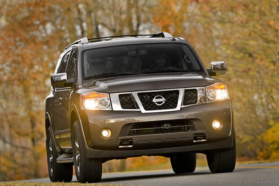 2014 Nissan Armada Photo 3 of 17