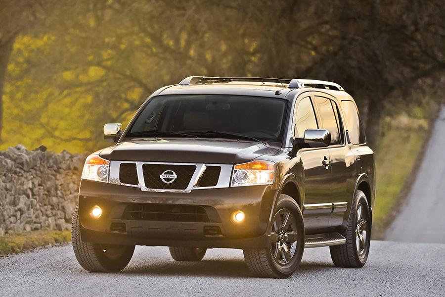 2014 Nissan Armada Photo 1 of 17