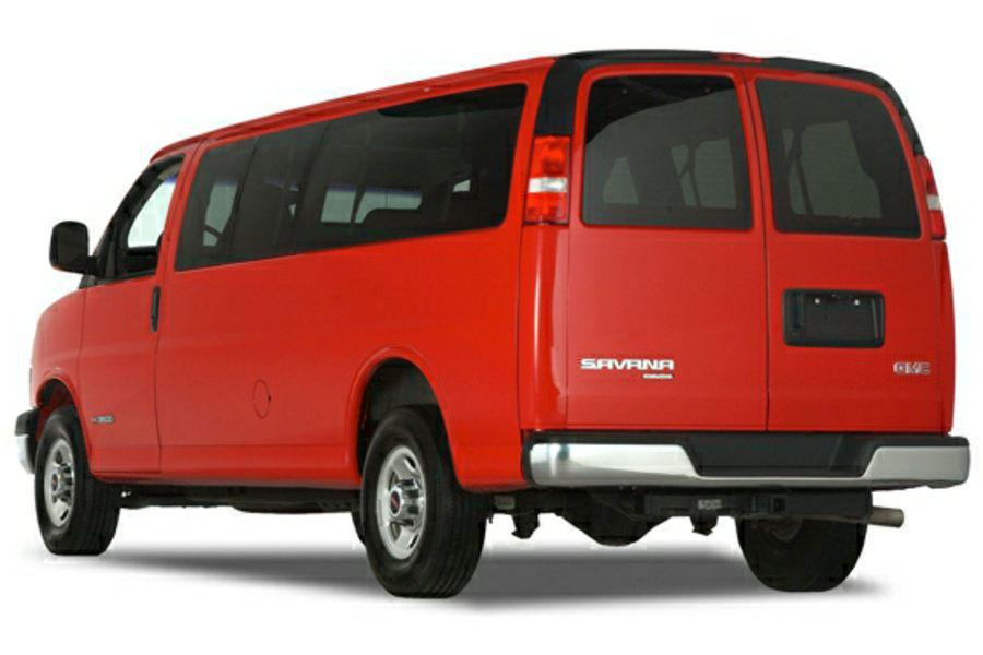 2014 GMC Savana 2500 Photo 3 of 12