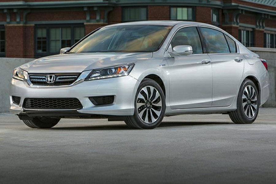 2014 Honda Accord Hybrid Photo 1 of 22
