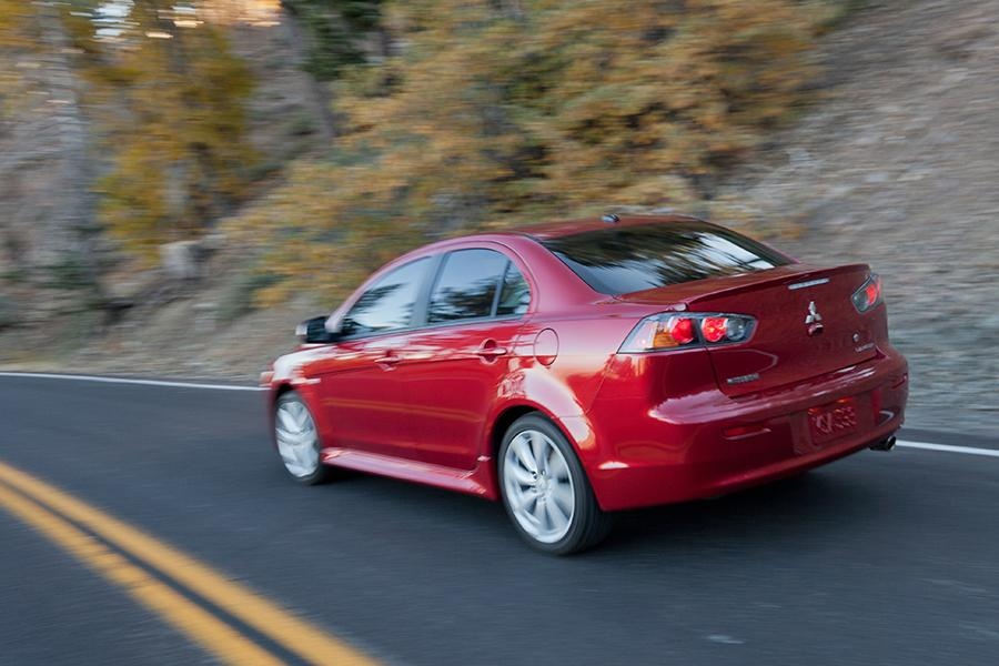 2014 Mitsubishi Lancer Photo 5 of 25