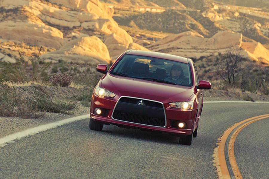 2014 Mitsubishi Lancer Photo 4 of 25
