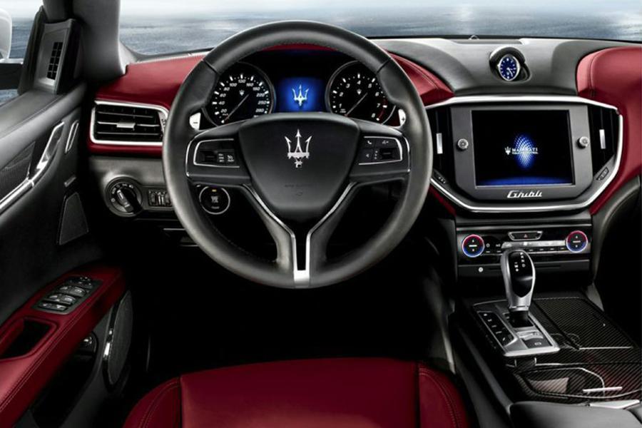 2014 Maserati Ghibli Photo 5 of 5