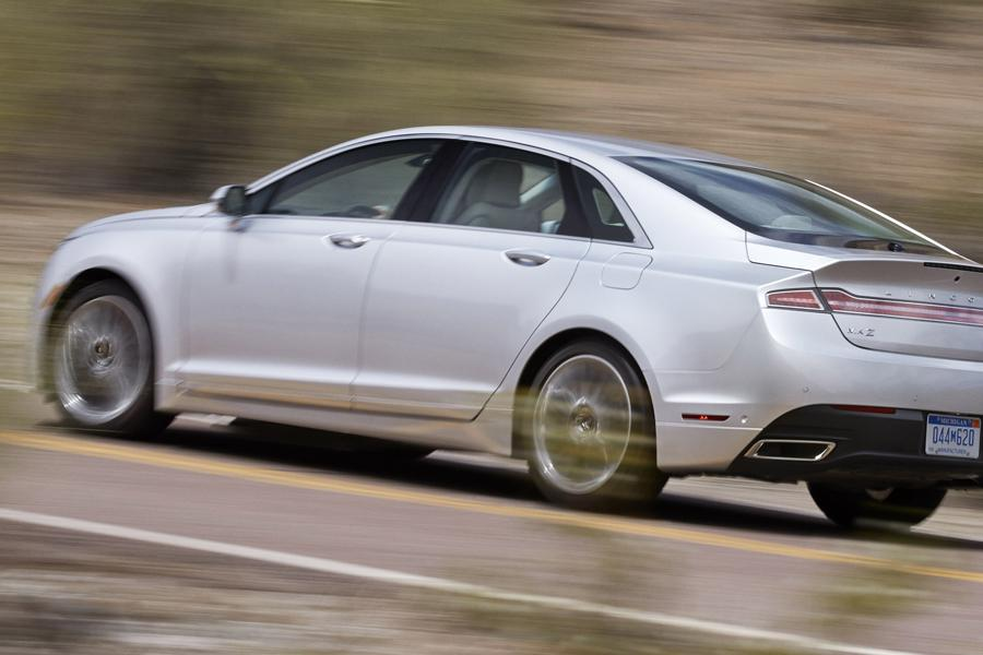 2014 Lincoln MKZ Hybrid Photo 6 of 16