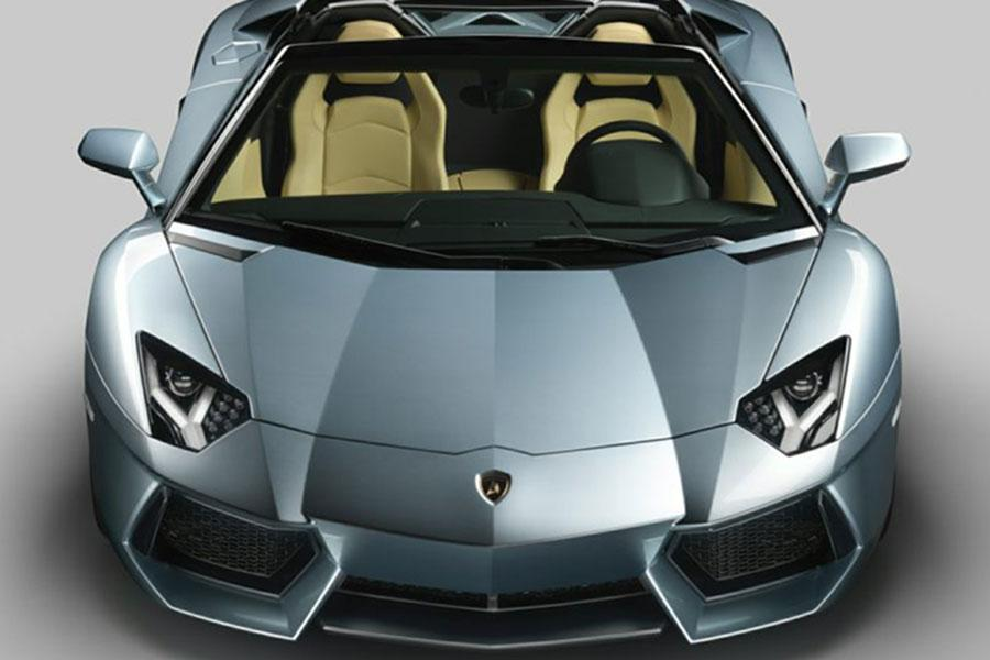 2014 Lamborghini Aventador Photo 2 of 6