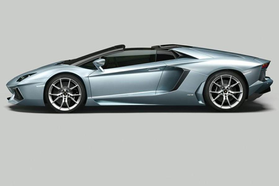 2014 Lamborghini Aventador Photo 3 of 6
